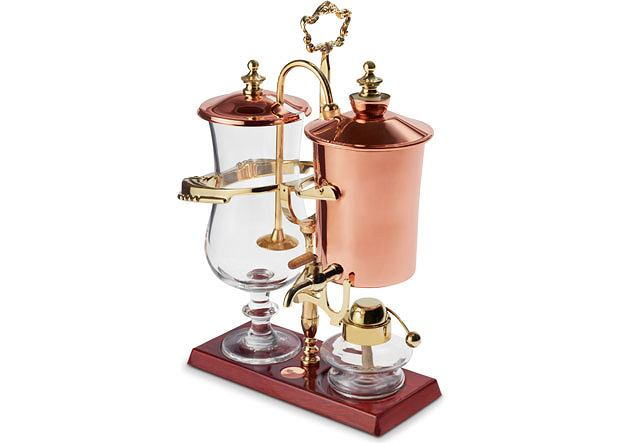 The Genuine Balancing Siphon Coffee Maker. Cena: 700 dol.