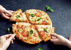 Ten przepis na dietetyczną pizzę z TikToka podbija internet. Ma zaledwie 90 kcal