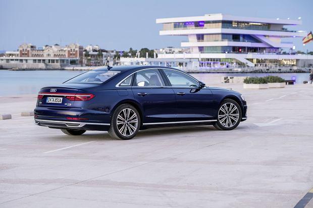 Wiemy, ile kosztuje nowe Audi A8. Dwie V-szóstki na start