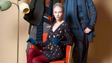 W kolorowych i otwartych na świat hippisowskich czasach Kenzo zaraził Francję modą na niezwykłe kolorowe stroje
