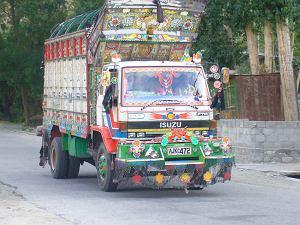 Pakistańskie ciężarówki - najdziwniejszy tuning na świecie