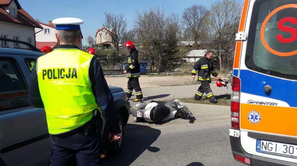 Wypadek z udziałem motorowerzysty w Węgorzewie