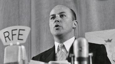 Jan Nowak-Jeziorański (1914-2005) przed mikrofonem Radia Wolna Europa. Słynny kurier z Warszawy był dyrektorem rozgłośni polskiej od pierwszej audycji nadanej 3 maja 1952 r. aż do końca 1975 r.
