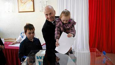 Głosuje Rafał Zając