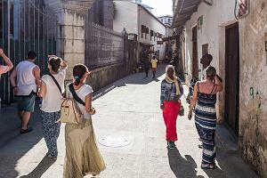 Zanzibar ostrzega turystów, mogą posypać się kary. Chodzi o nieprzyzwoite stroje