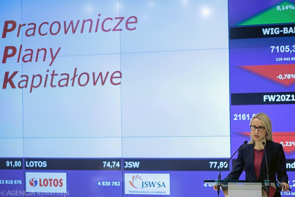 Minister finansów Teresa Czerwińska podczas konferencji dotyczącej Pracowniczych Planów Kapitałowych, 08.01.2019.
