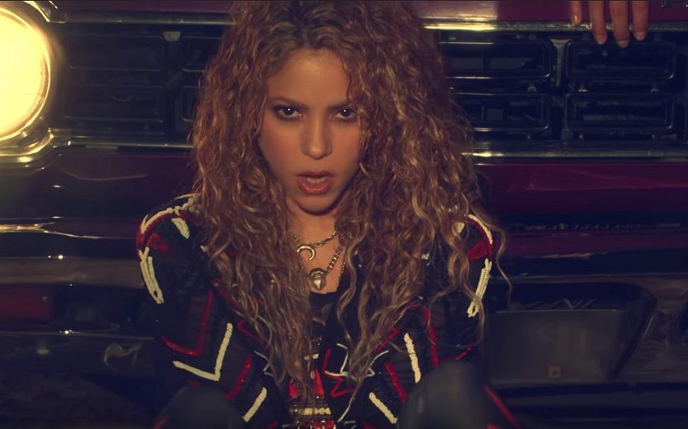Shakira, Maluma - Clandestino (Official Video)