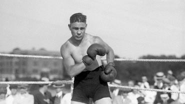 ,Harry Greb Standing In The Ring In Fightpose