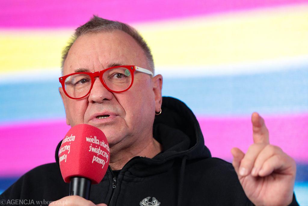 Jurek Owsiak podczas ogłoszenia wyników 28. Finału WOŚP. Warszawa, 8 marca 2020