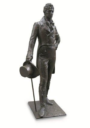 Nieduży pomnik Beau Brummella stoi dziś na Jermyn Street. Ta ulica to mekka najelegantszych mężczyzn w Londynie. Beau zagląda do Piccadilly Arcade, pasażu pełnego salonów z koszulami na miarę. / fot. Herr uebermann / Wikipedia