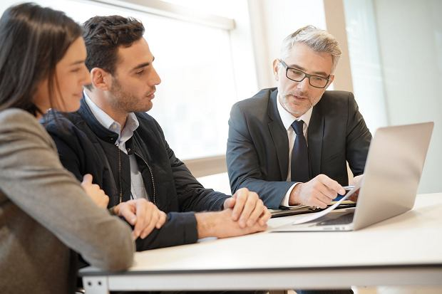 Profesjonalny doradca pomoże nam zwrócić uwagę na szczegóły, dzięki którym zakres i koszt polisy będą optymalne