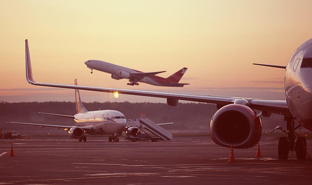 Czy latanie samolotem to powód do wstydu?