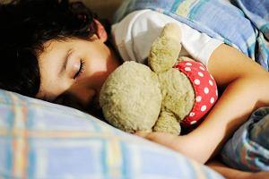 Bezdech senny u dziecka: przyczyny, objawy, leczenie