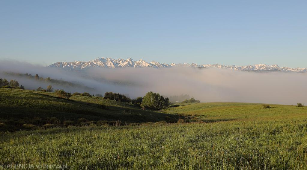 Mgły nad Zalewem Czorsztyńskim