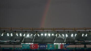 """UEFA zakazała tęczy w dwóch krajach Euro 2020. """"Tupet i fałsz nie zna granic"""""""