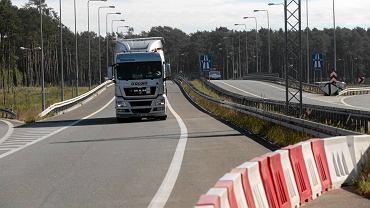 Węzeł w Czerniewicach na skrzyżowaniu autostrady A1 i drogi S10