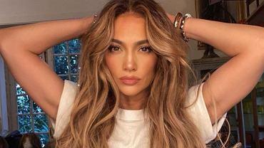 Jennifer Lopez już przystroiła dom na święta. Efekt? Wow! Króluje biel i migające lampki