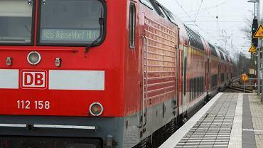 Pociąg kolei Deutschen Bahn na stacji w mieście Gutersloh