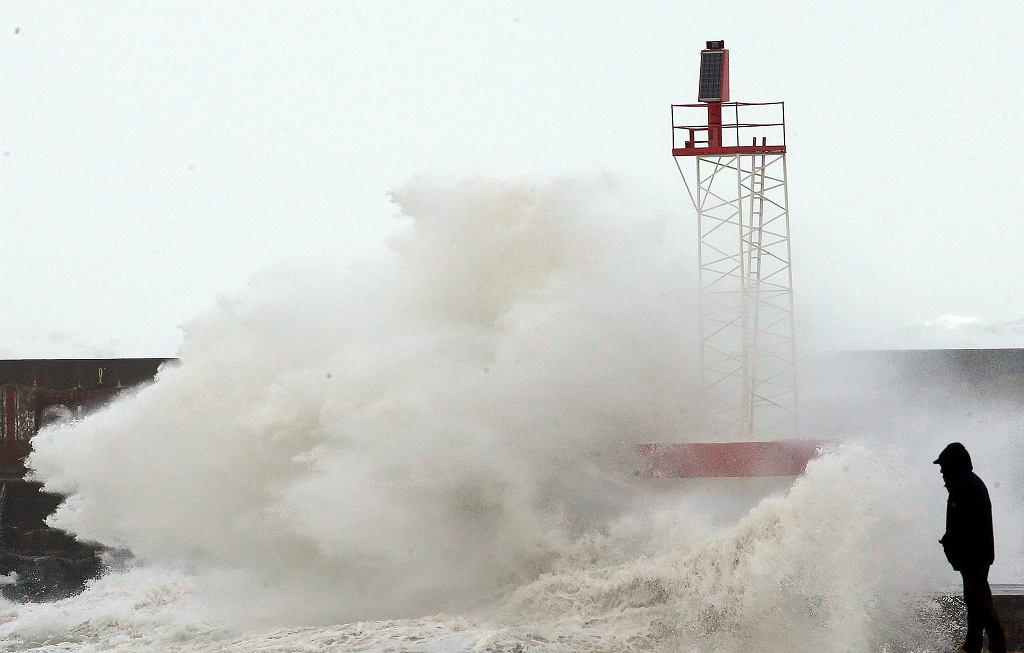 Silne burze i wiatr we Francji (zdj. ilustracyjne).