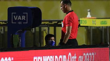Koniec VAR-u w piłce nożnej? Jego twórcy domagają się wycofania technologii