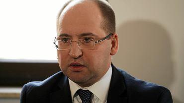 Eurowybory 2019. Konferencja w siedzibie płockiego PiS - na pytania dziennikarzy odpowiadał Adam Bielan
