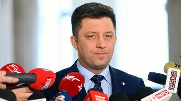Michał Dworczyk tłumaczy, dlaczego sam leciał rządowym samolotem