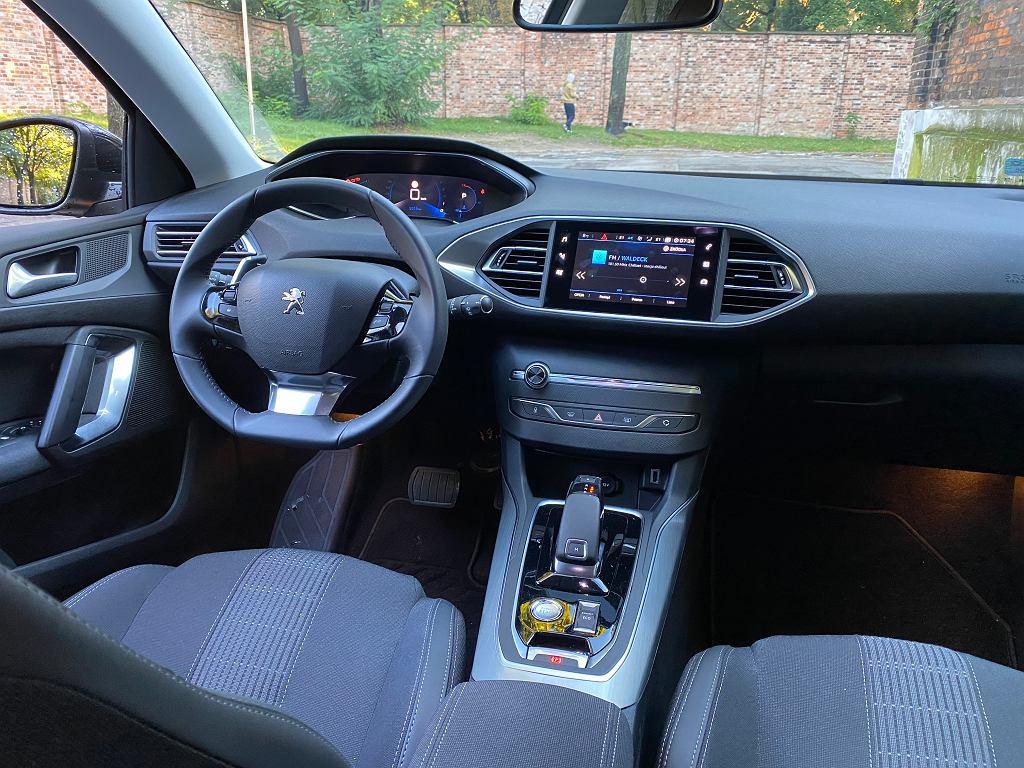 Peugeot 308 SW - kokpit