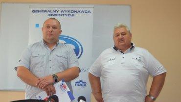 Przemysław Saczywko (z lewej) prezes Rosy Radom, i Roman Saczywko (właściciel klubu)