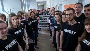 Protest fizjoterapeutów