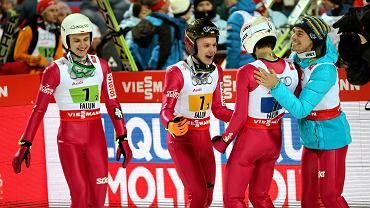 Polscy skoczkowie zdobyli brązowy medal na na mistrzostwach świata w skokach narciarskich w Falun