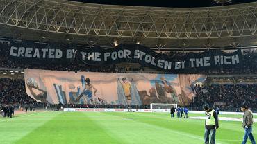 Transparent w Tunezji przed meczem PSG