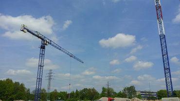 Prace na placu budowy stadionu przy al. Unii