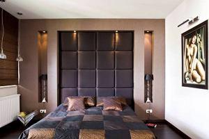 Tkaniny: awans tapicerki - z kanapy na ścianę
