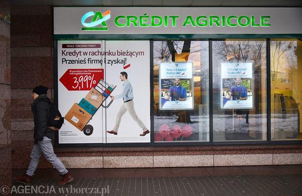 """""""Daj się przenieść do banku Credit Agricole"""". Nic za darmo - ta zachęta to bieg z przeszkodami"""