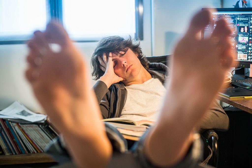 Zaspany student
