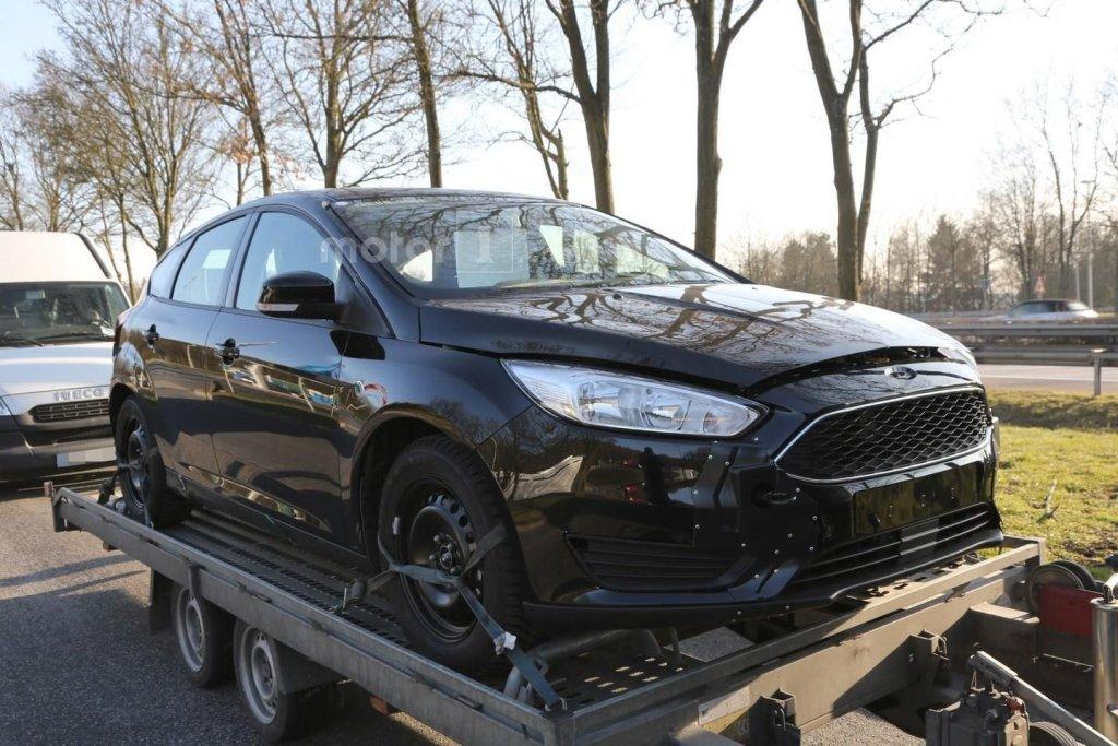 Zdjęcia szpiegowskie Forda Focusa