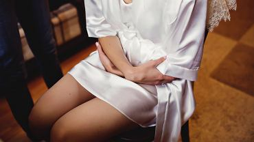 0Bride,In,The,White,Robe,Prepares,For,The,Wedding