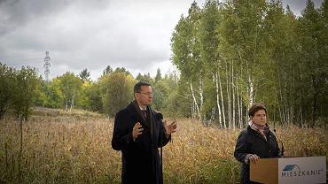 Premier Beata Szydło i wicepremier Mateusz Morawiecki podczas inauguracji programu 'Mieszkanie +'. Katowice, 12 października 2016