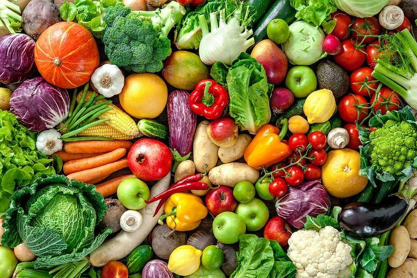 Owoce i warzywa, które pomogą schudnąć i utrzymać smukłą sylwetkę