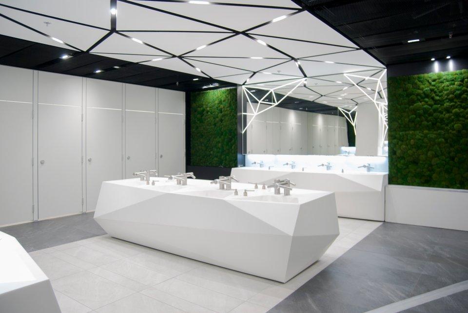 Mech I High Tech Kosmiczne Toalety W Złotych Tarasach Fajne