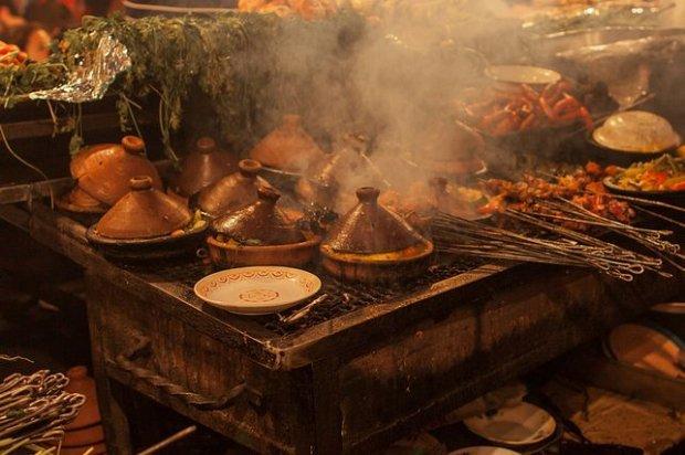 Jedzenie na marokańskich straganach/ Fot. CC BY 2.0/ Grand Parc - Bordeaux/ Flickr.com