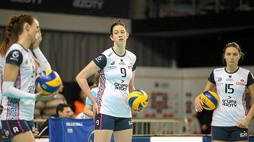 Magdalena Stysiak (w środku)