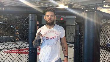 Zawodnik UFC walczy z bardzo rzadką chorobą. Jego życie jest zagrożone