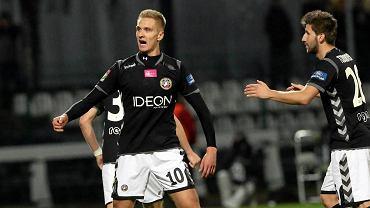 Radość Łukasza Teodorczyka po zdobyciu gola w meczu z Koroną