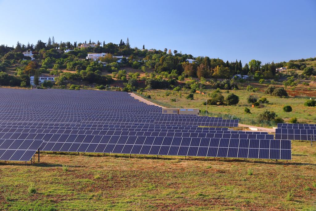 Panele solarne, Algarve, Portugalia.