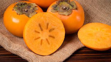 Owoc kaki pozytywnie wpływa na krew - głównie jest tak za sprawą zawartości błonnika pokarmowego, którego jest więcej niż np. w jabłkach