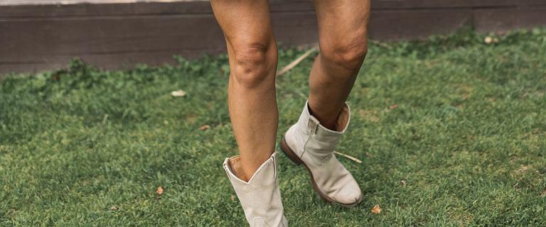 Te ażurowe botki pokochały gwiazdy. Noszą je do jeansów i sukienki. Top 18 propozycji na wczesną jesień