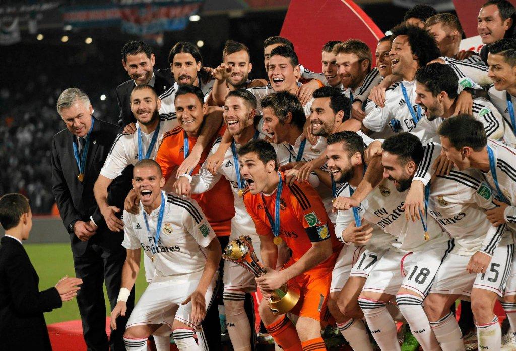 Real po raz czwarty w historii został najlepszą drużyną świata - w 1960, 1998 i 2002 roku triumfował w Pucharze Interkontynentalnym, który był poprzednikiem klubowych mistrzostw świata. W latach 1960-2004 najlepszą drużynę globu wyłaniały mecze między zdobywcą Pucharu Europy i triumfatorem Copa Libertadores.