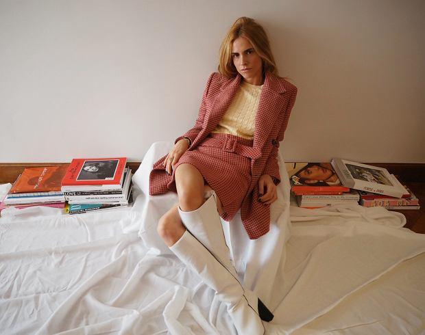 Blanca Miró w zestawie z nowej kolekcji Mango