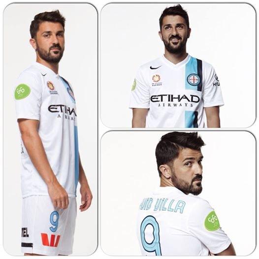 Villa w koszulce Melbourne City FC